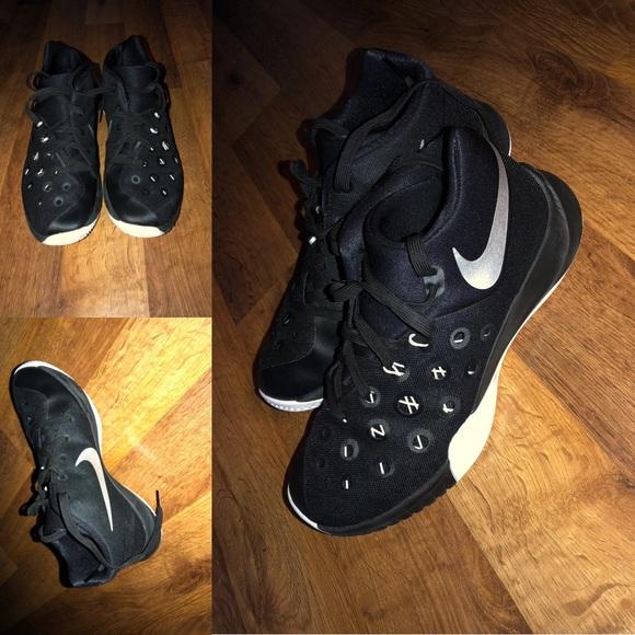 Nike Shoes | 2015 Zoom Basketball